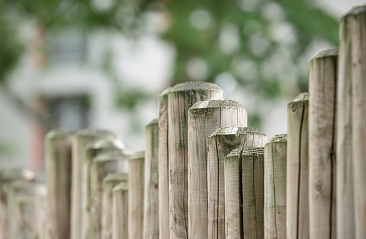 fence-wood-fence-wood-limit-48246-medium